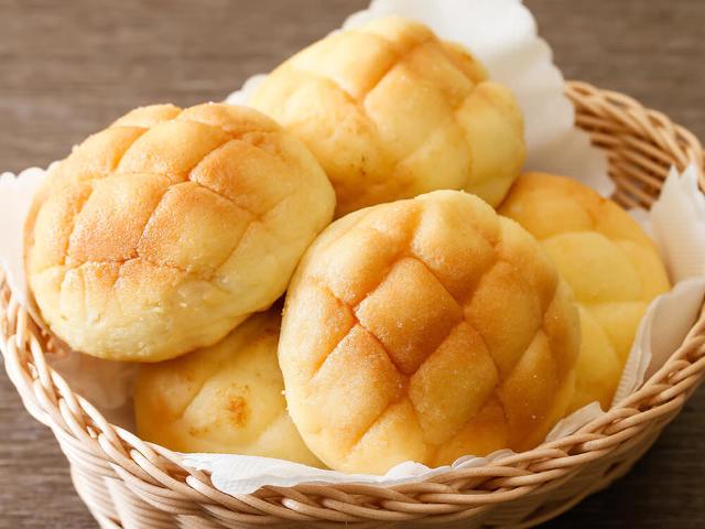 15分でザクふわ食感♩「食パンメロンパン」は材料5つで作れる簡単レシピ!