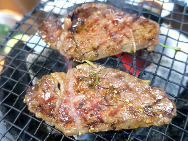 """身も心もとろけるようなウマさ! """"昭和""""の正統派焼肉店、横浜・関内『焼肉みらく』は弁当まで絶品だった"""