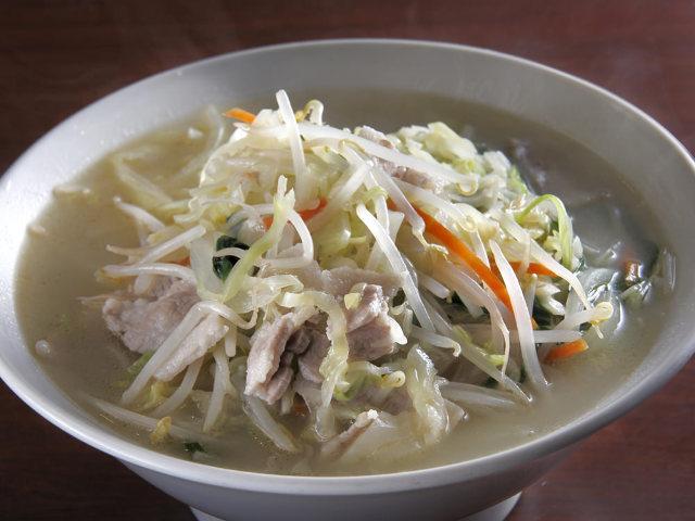 """""""菜汁""""たっぷりな「焼き餃子」がおいしい『中華 高伸』"""