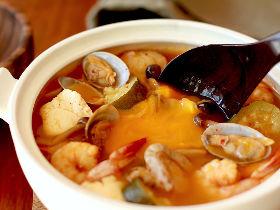 炊飯器に入れるだけで「本格スンドゥブチゲ」が作れる! ピリ辛味がたまらない、絶品スンドゥブチゲレシピ