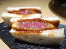 赤坂の焼肉の隠れ家でシメに食べたいのは、シャトーブリアンを使った牛カツサンド!