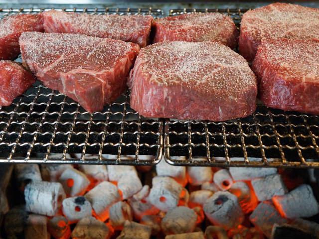 「肉の名峰」こと『肉山』はそんなに旨いのか? 予約困難な味を生む秘密を探る(上級編)