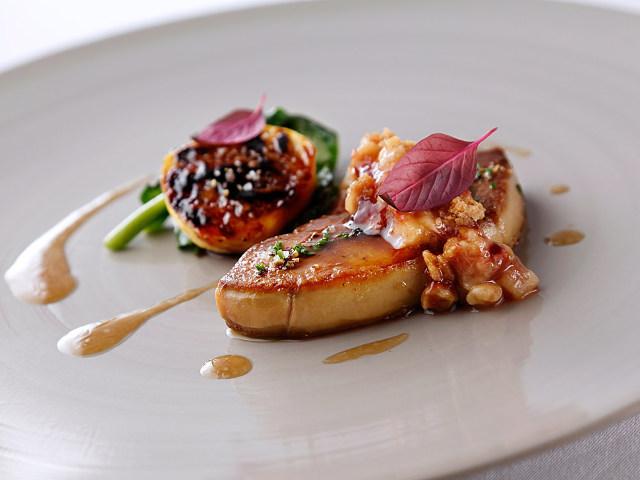 【白金台】フランス料理界 巨匠のエスプリと歴史を継承する、モダングランメゾン『ラリューム』
