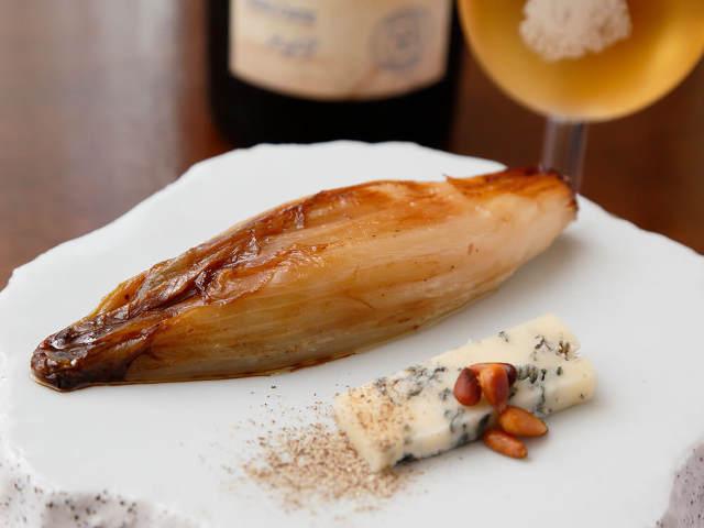 清澄白河の実力派イタリアン『イルトラム』で最高の味を!おすすめはとろっと濃厚な「チコリのロースト」