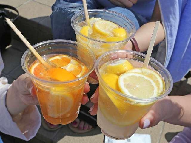 夏はやっぱりレモンサワー! 「レモンサワーフェスティバル 2018」が横浜・赤レンガで開催