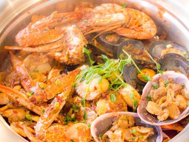 エビやカニがてんこ盛り! 香港で大ブームの蒸し料理専門店『STEAM海』が広島に初登場
