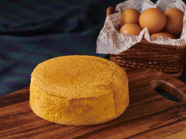 スポンジ生地は「卵の泡立て方」が超重要だった! プロが教える、極上ふわふわ食感のスポンジ生地レシピ