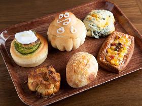 22時まで焼きたてパンが楽しめる! 魅力的なベーカリーカフェが恵比寿西の交差点にオープン