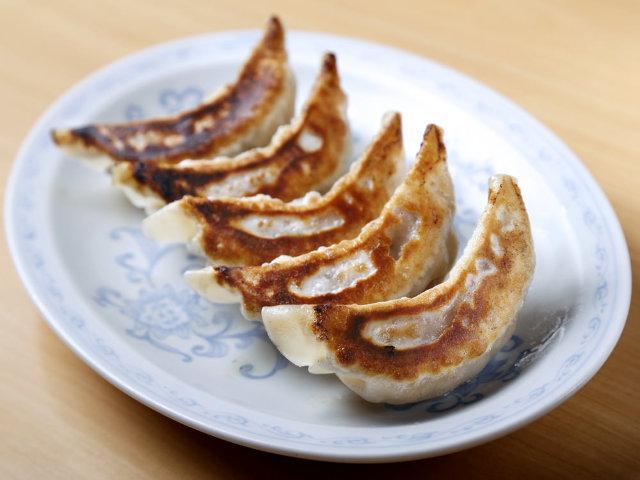 東中野の人気ラーメン店『大盛(おおもり)軒』! 満足度MAXな「餃子」と「鉄板麺」にどハマり