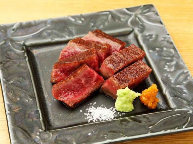 グルメ通必見! 予約のとれない日本料理店出身シェフが魅せる、新スタイルの鉄板割烹『いわ倉』【神楽坂】