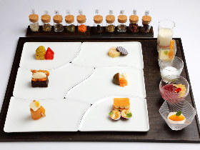 「ケーキ屋さんで大人買い」がコンセプト! 可憐に並ぶ11品のデザートが圧巻&絶品の新性フレンチが誕生