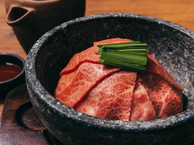 「和牛の焼きしゃぶ」から「海老味噌ラーメン」まで!人気焼肉『うしごろ』ブランドの冬限定メニューに注目