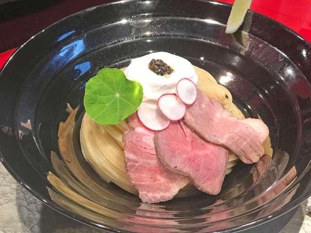 トリュフ香る極上の一杯! 『江戸前つけ麺 銀座 魄瑛』の「つけ麺」に、早くもファン続出