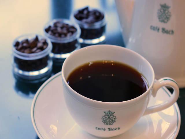 産地で選んでいませんか? 老舗『バッハコーヒー』に聞く、本当においしいコーヒー豆の選び方【保存版】