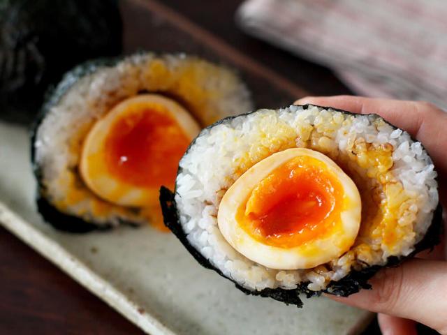 半熟卵を「煮切り醬油」に漬けると最高にウマイ!昔ながらの万能調味料・煮切り醬油の作り方と簡単アレンジ