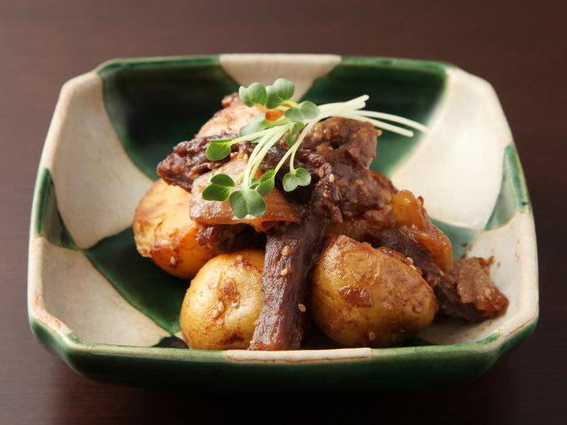 「牛ハラミの肉じゃが」がウマすぎてリピ確実! 心の底からリラックスできる、知る人ぞ知る和食の隠れ家