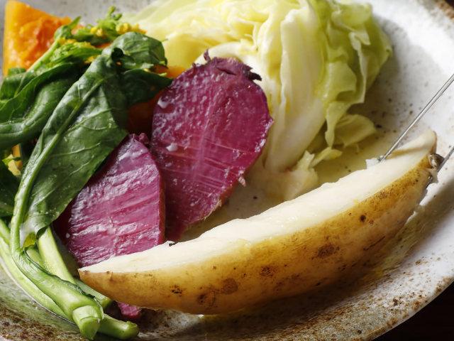 盛りつけられた野菜