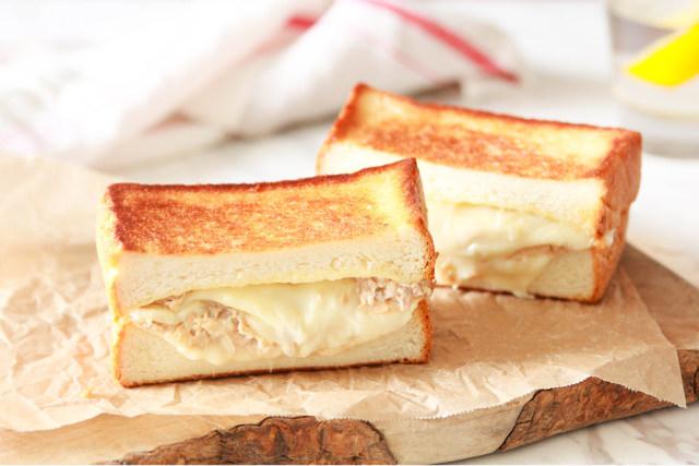 ツナとチーズがとろ~り! 基本の「ツナメルト」の作り方