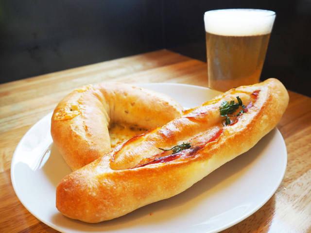 深夜でも焼きたてパンが味わえる! こだわりのクラフトビールも揃う新スポットが世田谷・松陰神社前に誕生