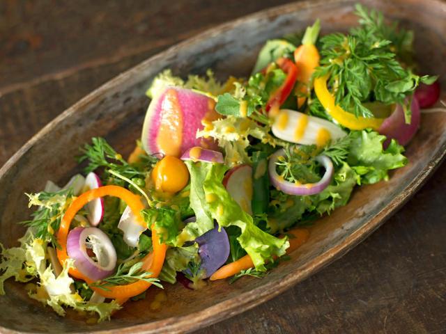 畑の味をそのままに! 主役級の「野菜」が超おいしい、農家とレストランのビストロ『ボンクラージュ』