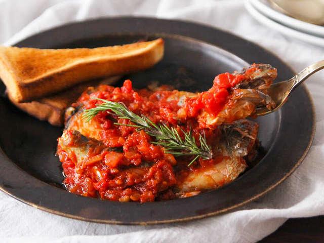 知らないと損!「サバ」はイタリアンやエスニック料理に合わせると最高においしくなる【絶品レシピ3選】