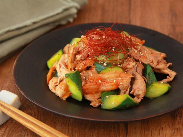 夏野菜「キュウリ」をたっぷり大活用! キムチ炒めやサンドイッチなどキュウリを使った簡単旬レシピ3選