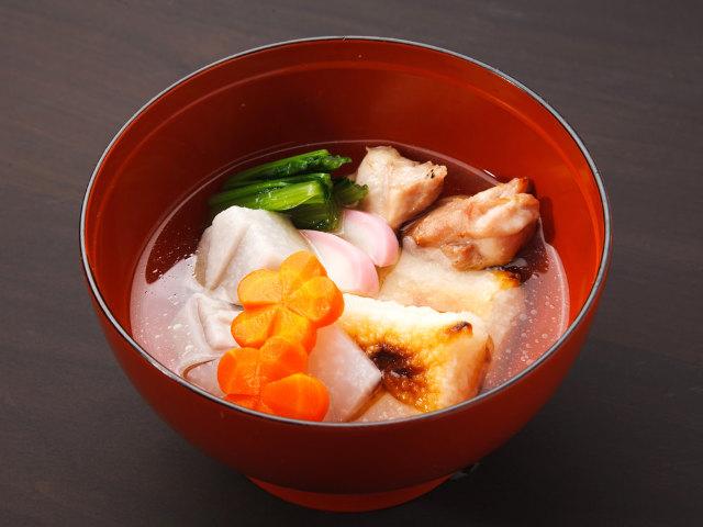 なぜ正月に「雑煮」を食べるのか? 日本人なら知っておきたい、雑煮のルーツと江戸雑煮のおいしい作り方