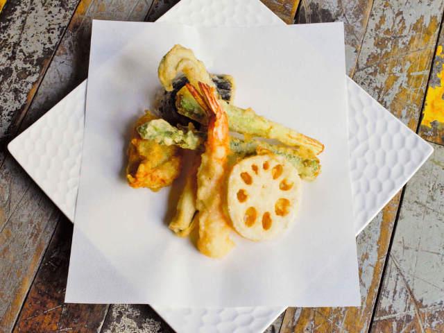 カジュアルスタイルの天ぷらでストップ和食離れ! 荒木町で味わう、創作天ぷらが斬新&うますぎた