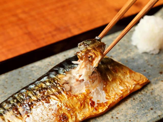 「ものすごい鯖」がうますぎ!1日50食限定の「サバ定食」しかない、大森の鯖の塩焼き専門店『鯖なのに』