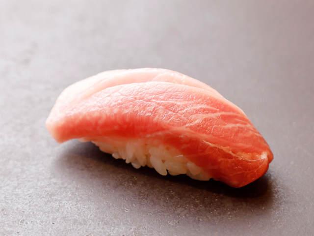 東京で本格「寿司」を味わい尽くす「鮨の名店」8選! 寿司好きなら今すぐ予約だ