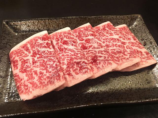 バングラデシュ生まれの肉の目利きが、焼肉店『ばぶ』をオープン! 武蔵小山『みやこや』の想いを継ぐ一軒