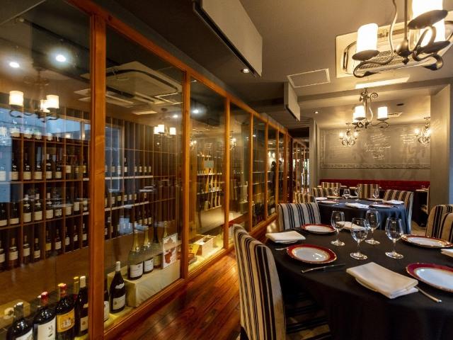 超一流ワインが格安で味わえる! サービスの神様が手がける新フレンチは、神楽坂の大人を魅了する遊び場
