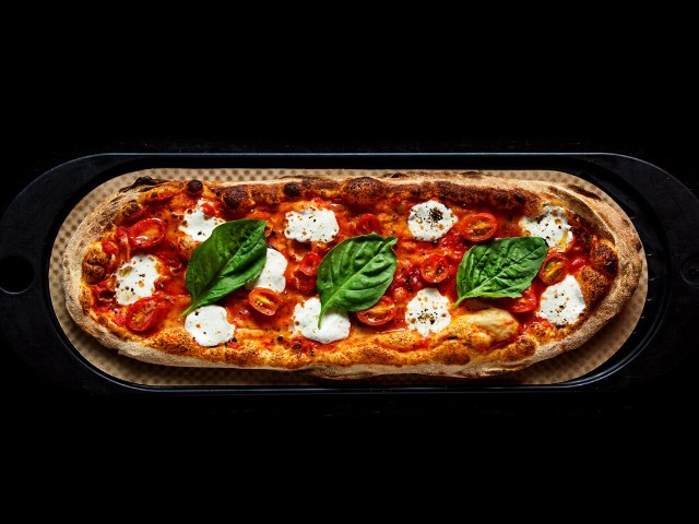 ピザ業界の固定概念を覆して急成長! クールで健康志向が魅力の『&pizza』
