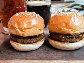 今どきハンバーガーは大型より小型がウケる?代々木上原で見つけたプレミアム【ミニバーガー】が人気の理由