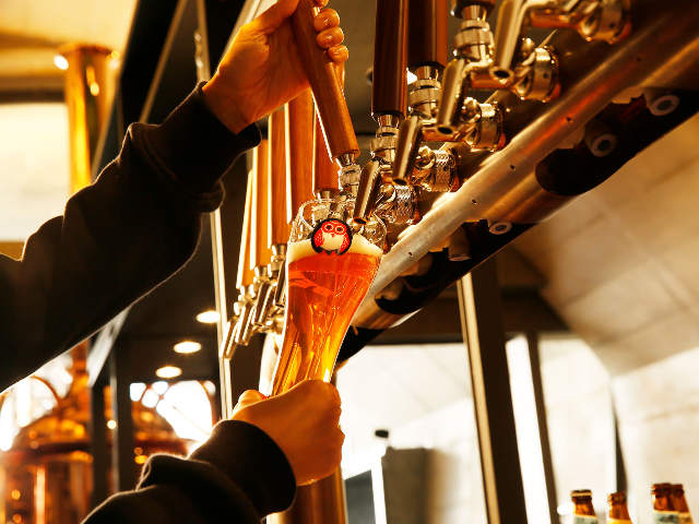 仕事終わりや帰省前の寄り道におすすめ! 東京駅チカでおいしい「クラフトビール」が飲めるお店5選
