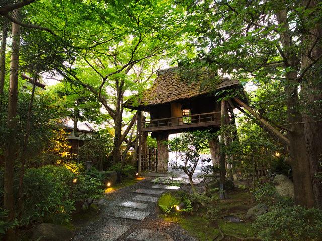 『美山荘』『草喰なかひがし』も登場!一夜限りの「コラボ懐石」を十六夜に味わうイベント「月見の宴」開催