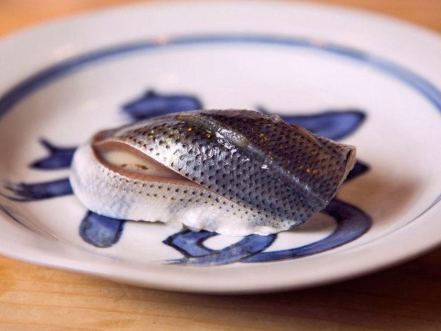 銀座で本格「おまかせ鮨」が1万円で味わえる! 鮨ツウが足繁く通う、孤高の鮨店『鮨處やまだ』