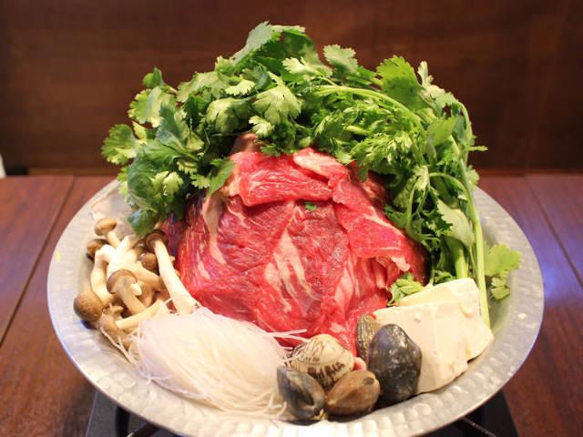 ラスボスは山盛りのパクチー&肉!パクチー尽くしコースを体験してみた