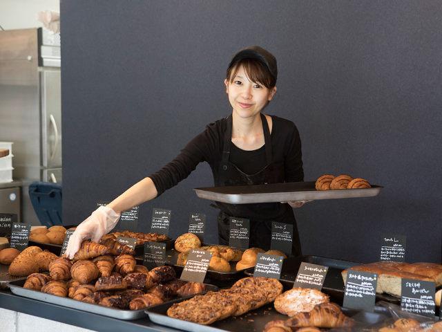【福岡美女はしご酒】オープンするなり大人気のパン屋の美人店主の休日はどこで飲んで食べているのか?