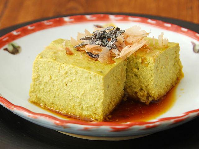 牡蠣をつぶして作る「牡蠣豆腐」の濃厚なうまみに感動! 基本の作り方と簡単アレンジ【旬レシピ】
