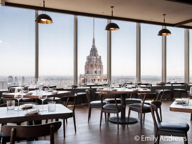 地上60階でいただく料理は至極の味わい!ホリデーシーズンに気分があがるNYのレストラン『マンハッタ』