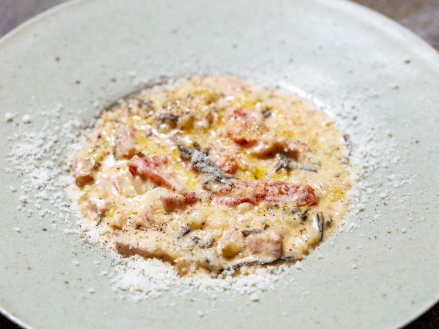 【代々木上原】常連も愛する「リゾット」は必食、『36.5℃ kitchen』