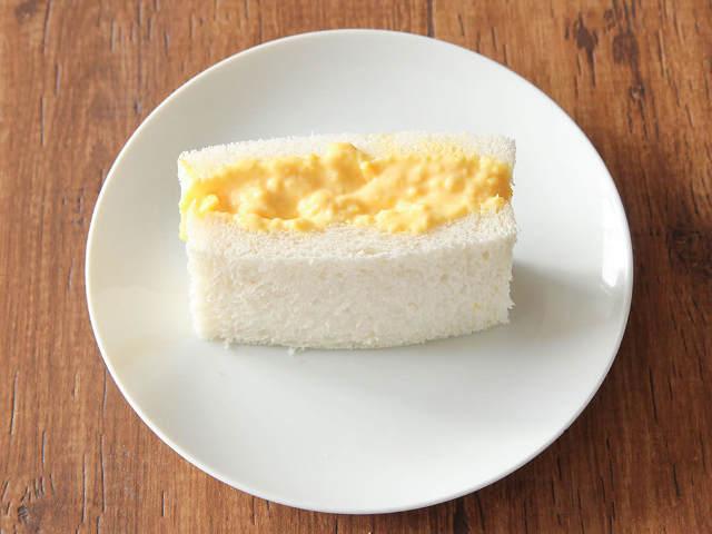 タマゴサンド2種類を作り分け!「王道タマゴサンド」と「クリーミータマゴサンド」、あなたはどっち派?