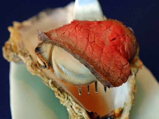 あの『格之進』が六本木に新店オープン! 熟成肉が牡蠣を覆う「牡蠣肉」は余韻まで超うまいと絶賛の声