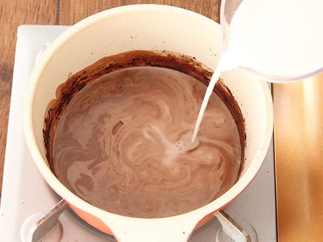 ココアの粉をそのまま牛乳と混ぜるのはNG!?「ココア」が格段とおいしくなる作り方&アレンジレシピ5選