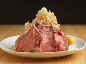【煮込みのうまい店はただしい!】荻窪『焼鳥どん』のセンベロとは思えない仕込みと肉料理