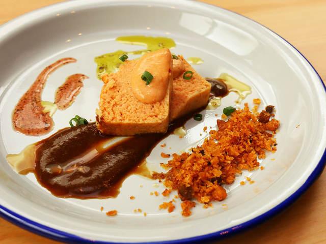 赤羽に突如現れたアンダルシア料理専門店が面白い!本場スペインの「今」を味わう『マキーラ トウキョウ』