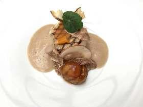 あの『ル・サンク』から生まれた、パリでも大注目の正統派・若手シェフのレストラン『ロランジェリー』