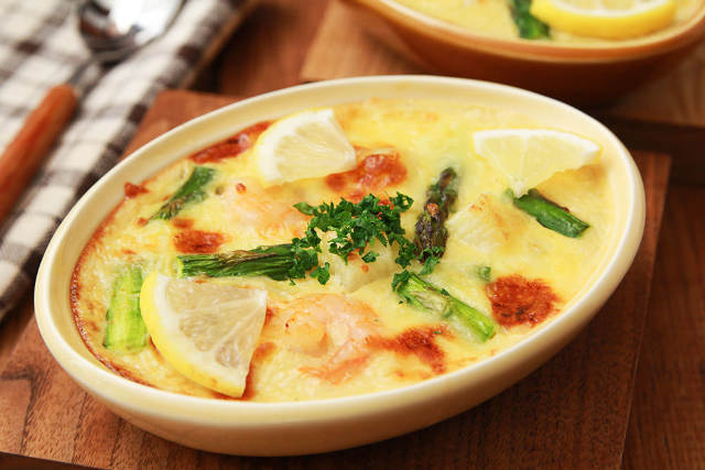角切りとすりおろし、2種類の食感が楽しめる「長芋のグラタン」