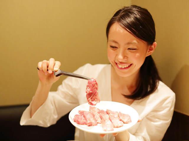 女性秘書20名がこっそり教える、「焼肉デート」でダメ認定される男たちへの恋愛講座